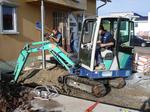 Grabarbeiten zum Verlegen der Erdwärmesonden